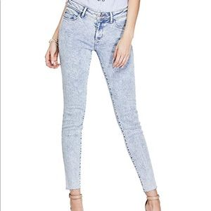 GUESS Low Rise Skinny Jeans